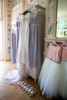 Bisham Abbey Bridal Prep-16.jpg