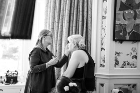 Bisham Abbey Bridal Prep-23.jpg