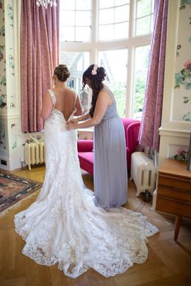 Bisham Abbey Bridal Prep-46.jpg
