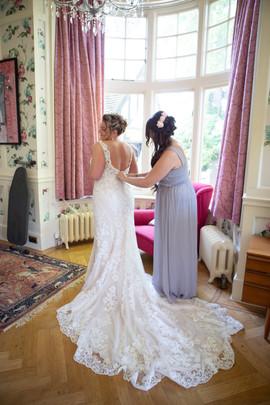Bisham Abbey Bridal Prep-52.jpg