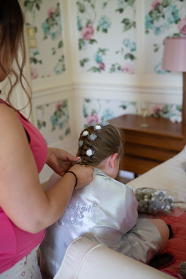Bisham Abbey Bridal Prep-31.jpg