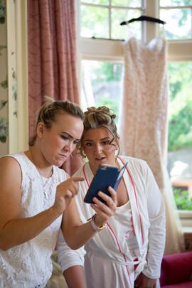 Bisham Abbey Bridal Prep-26.jpg