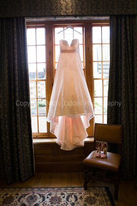 Bridal Prep (12 of 178).jpg
