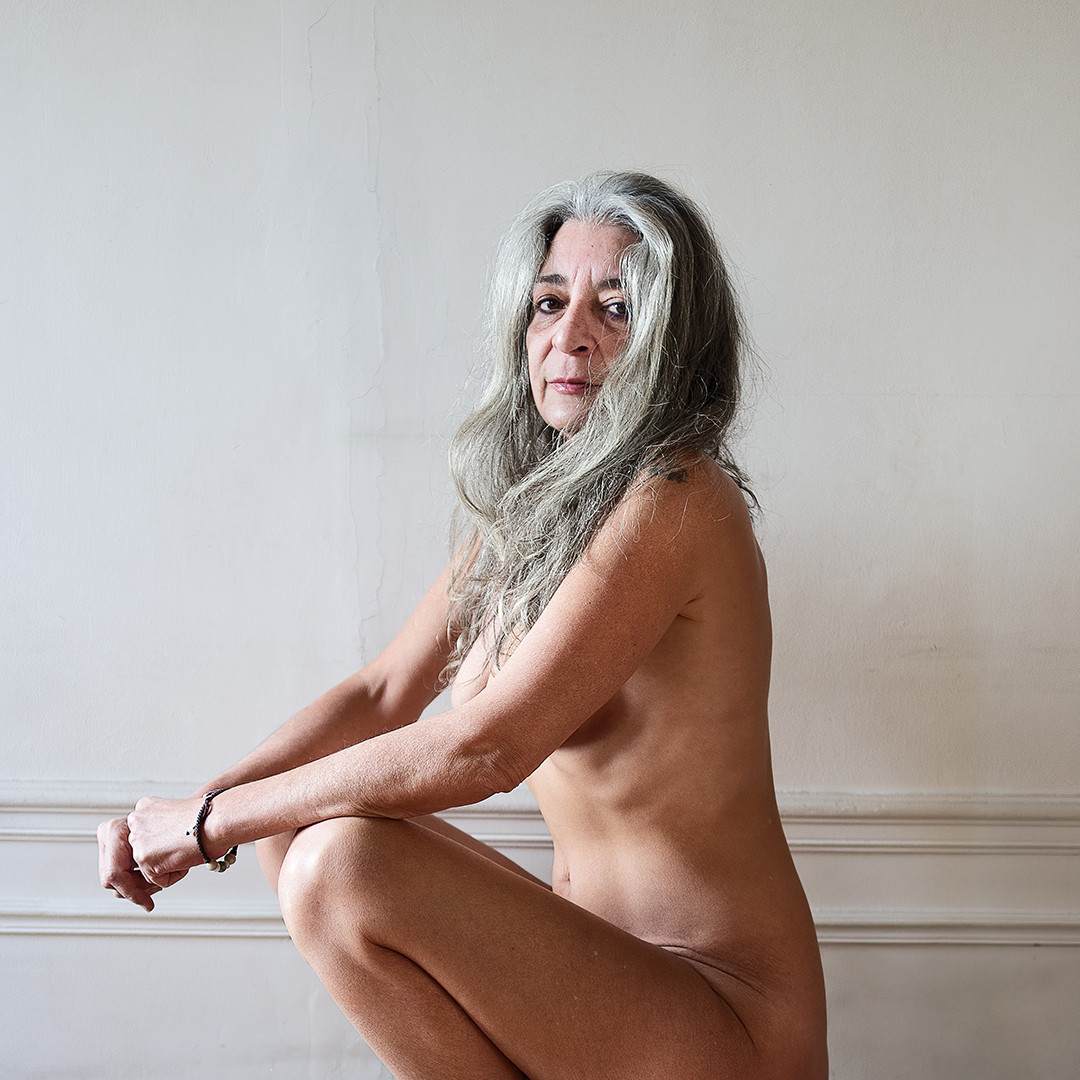 Confronting Human Complexes Through Nudity