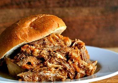 pulled-pork-sandwiches-4.jpg