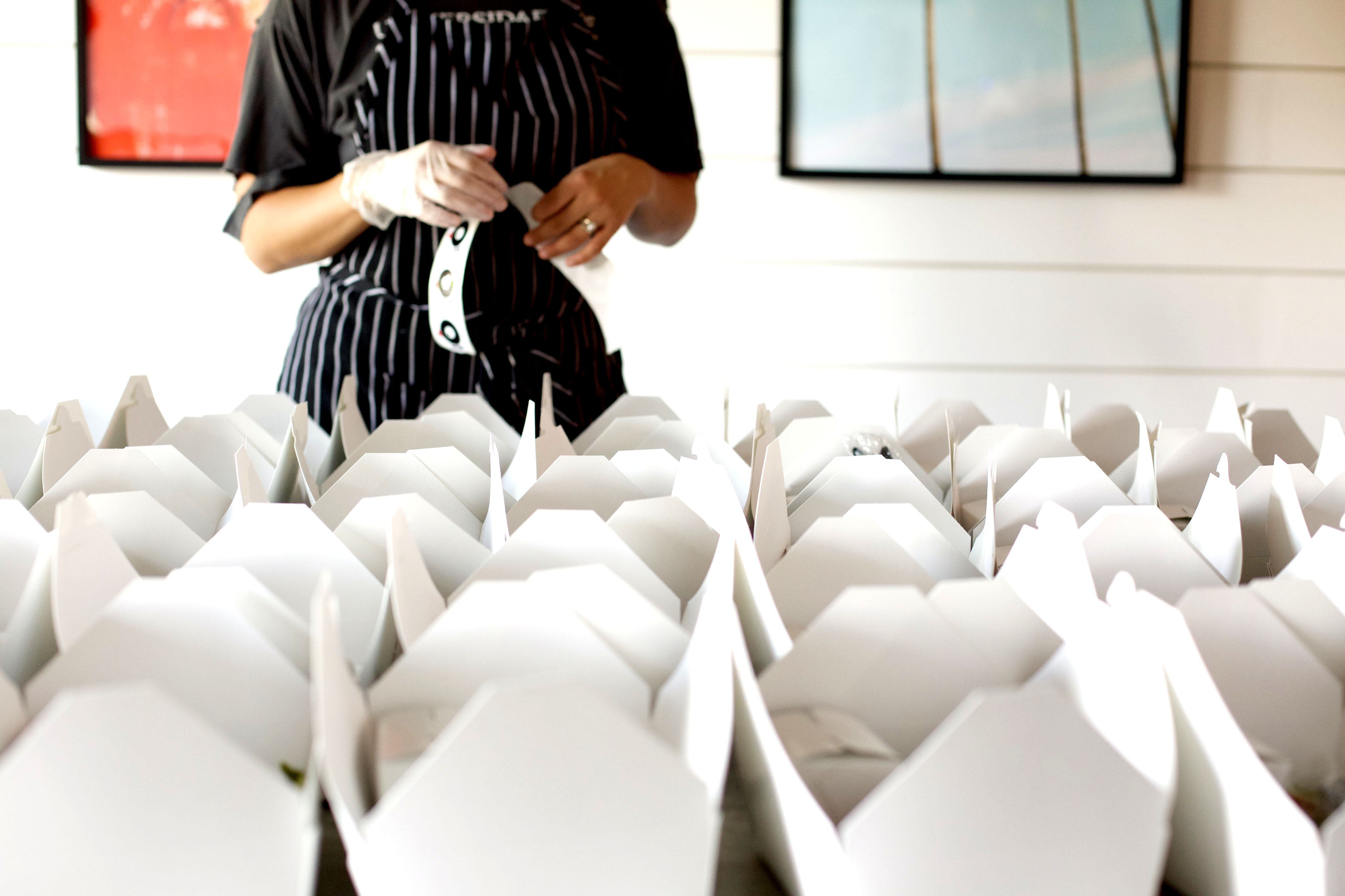 cateringboxesandapron_ponkochicken
