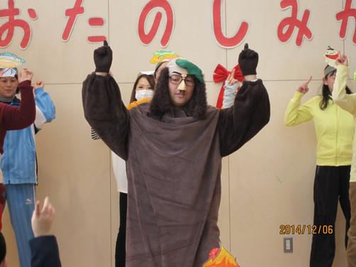 幼稚園×収納臭い私服