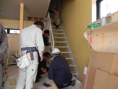 SH様邸 新築工事 鉄骨階段