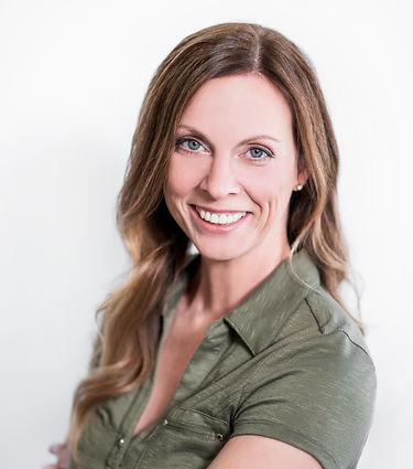 Passionnée de santé, entrainement, alimentation saine et bien -être, Clinique Nancy Mondou possède toutes les compétences comme orthothérapeute, massothérapeute, entraineur, coach, conférencière, et accompagnatrice en développement personnel à Saint-Hyacinthe, Québec