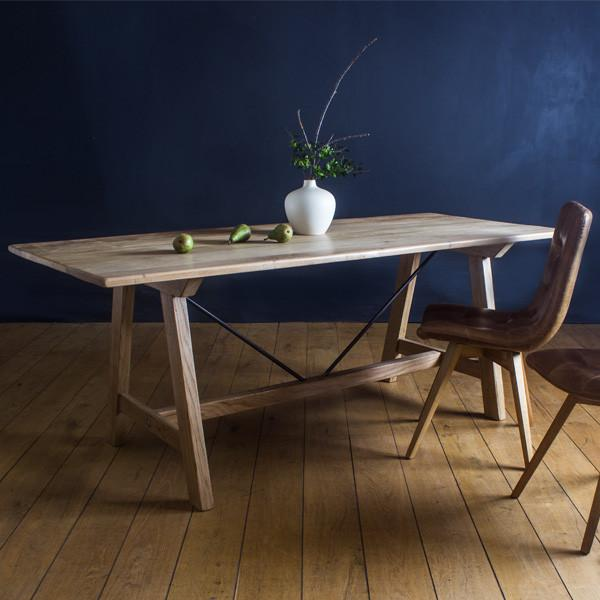 Oak_Steel_Industrial_dining_table_leather_cerato_chair_grande