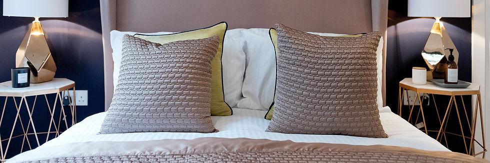 inspired-furniture-shop-lighting--cushio