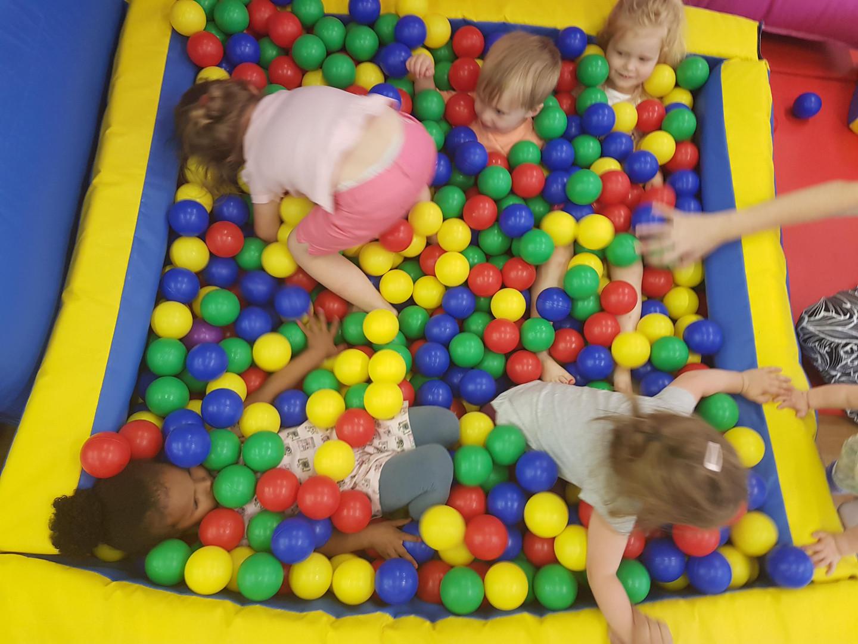 Big Mamas Soft Play - Cafe, Ball Pit