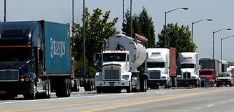 truck_traffic_004.jpg