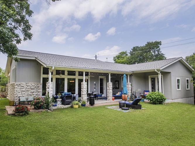 Guest House | Backyard