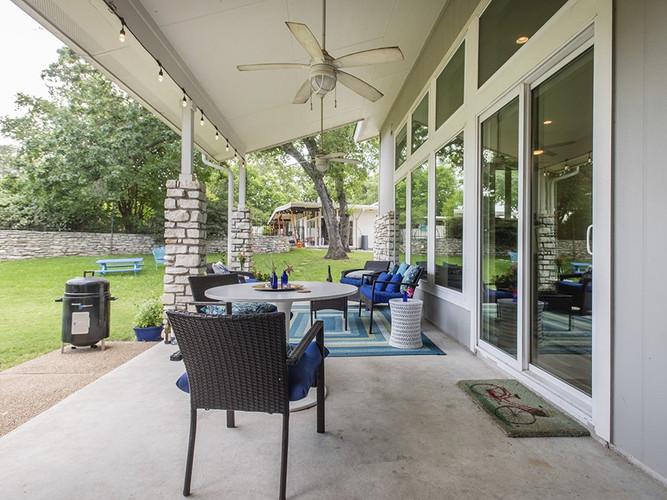 Guest House | Patio