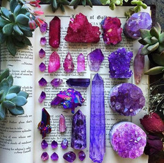 HOW TO FIND THE RIGHT CRYSTAL FOR YOU