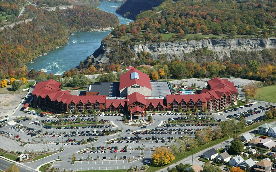 Great-Wolf-Lodge-Niagara-Falls