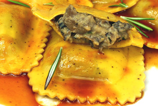 Ravioli with meat (2,5kg tray)