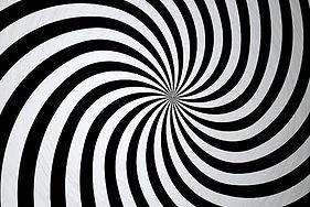 hypnotize-picture-id175359684.jpg