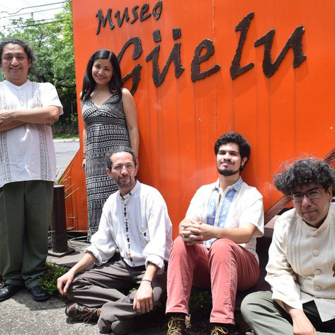 Julio_César_Cruz,_Mónica_López_Lau,_Luis