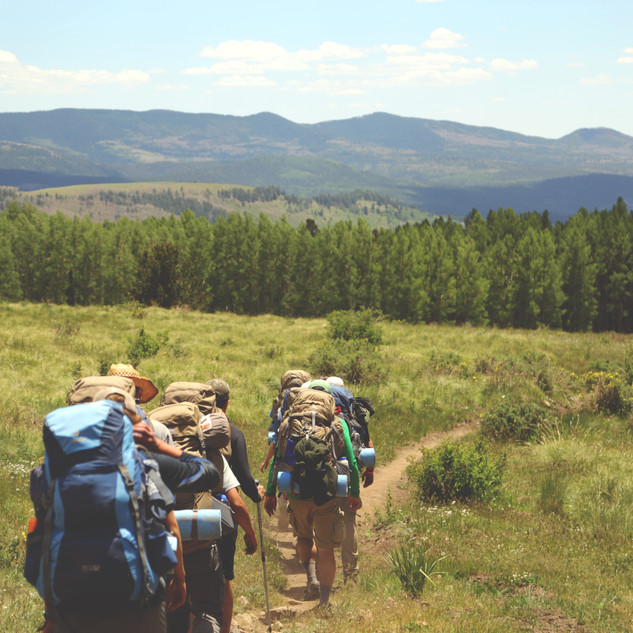 OAEC_Hiking_Team building.jpg