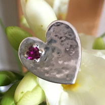 Rhodolite garnet and silver textured heart-shaped ring