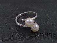 Saltwater pearl and silver crossover ring