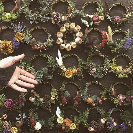 The most adorable little wreaths you eve