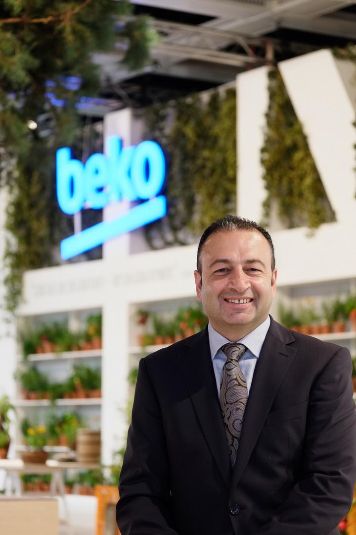 Herr Semerci Geschäftsführer BEKO auf der IFA Berlin für BEKO