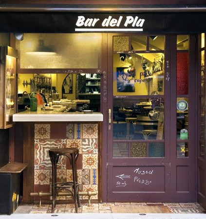 Excellent tapas, located on the Carrer Montcada