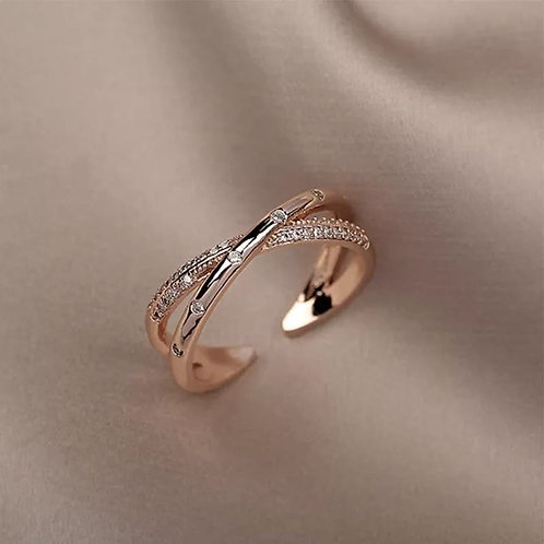 Rose Gold plated ring with Zircons