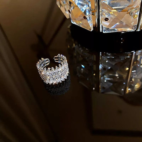 Rhodium plated ring with zircons
