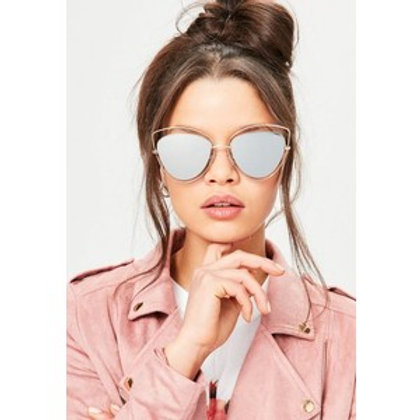 Cat eye style sunglasses rose gold