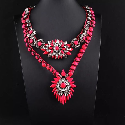 Statement Crystal Necklace NEON fuksia