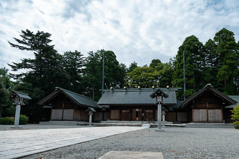 石川護国神社トップ画像-800p.jpg