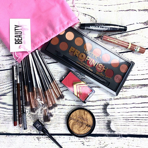 BEAUTY ON A BUDGET: 'Brunch Babe' Makeup Look Box