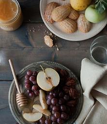 Wooden Plate Set (4)
