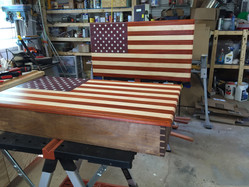 Flag / Cabinet