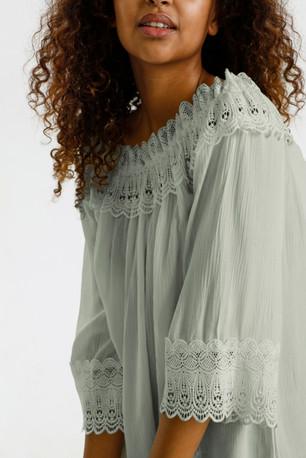 cream bea lace
