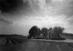 Landscape B&W 02.jpg