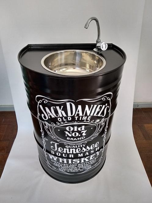 Pia de Tambor Recortado com cuba de inox Jack Daniels.