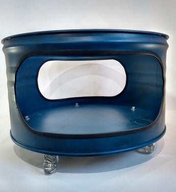 Mesa de centro, com base superior de vidro e 5 rozídios em gel.