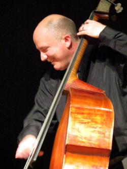 Randy Barnhill, bass