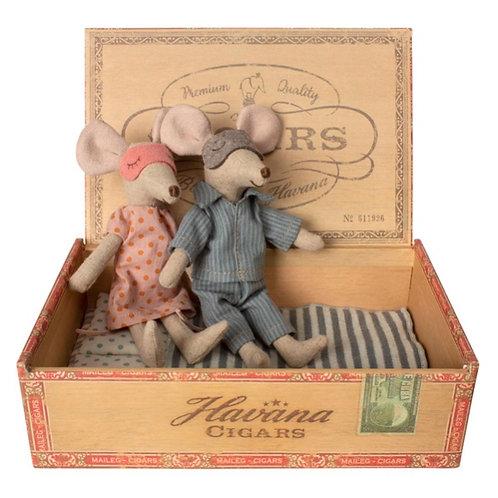 Maileg Mum & Dad Mice at Ring O'Roses Old Amersham