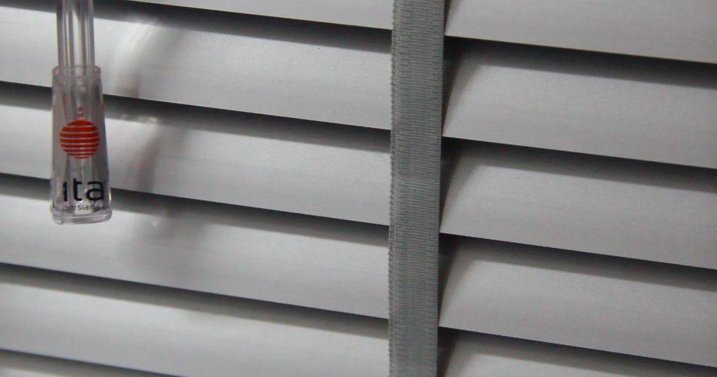 Lâmina de PVC com fita