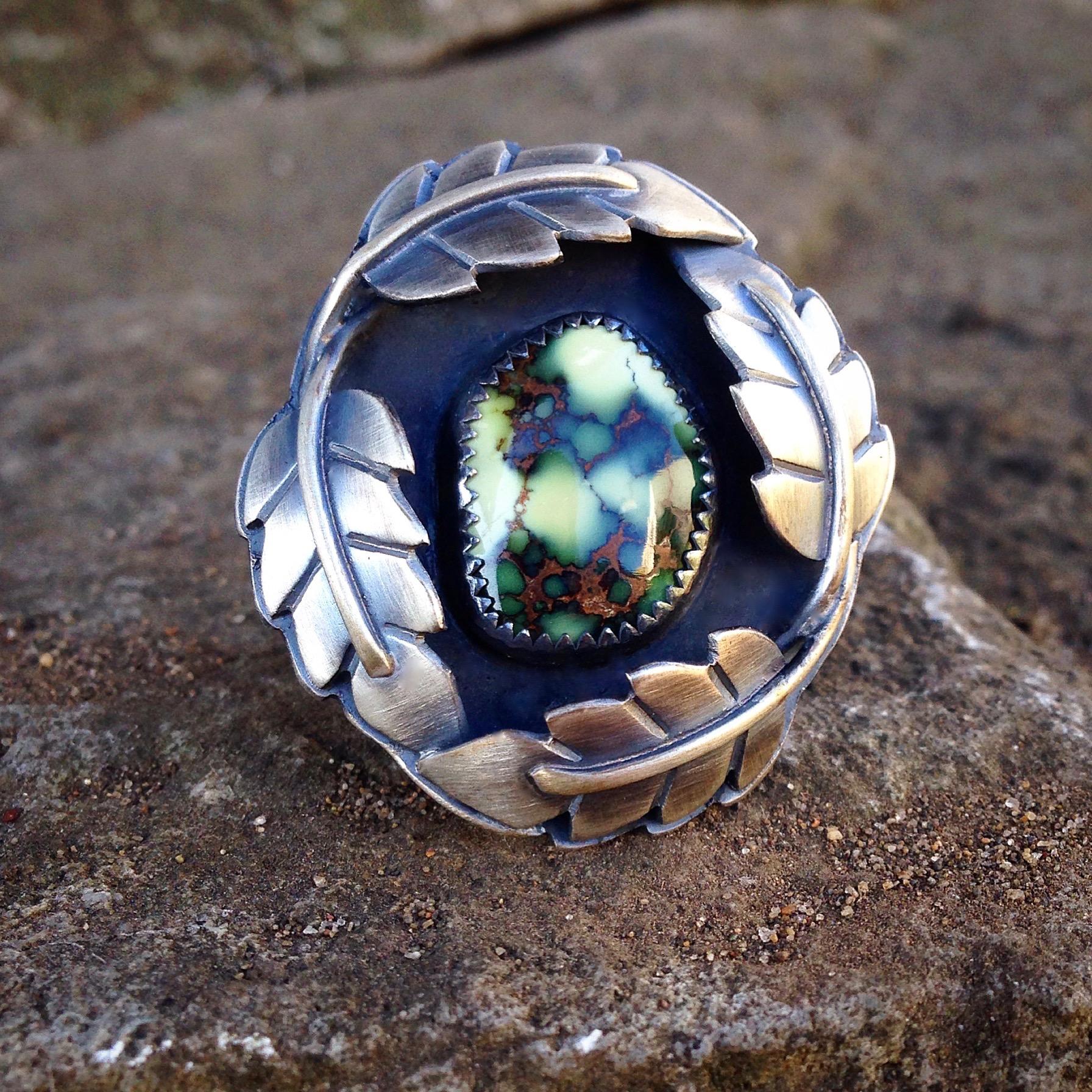 Damele Leaf Shadowbox Ring