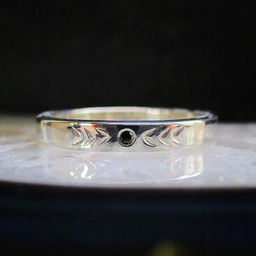 Black Diamond Chevron Ring | Size 7