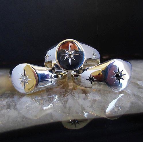 White Diamond Orion Signet | Size 6.5