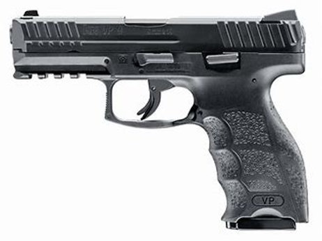 H&K VP9 BLACK WITH NIGHT SIGHTS
