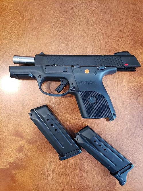 Ruger SR9C in 9mm all black